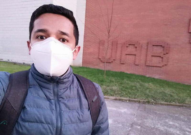 PhD student Jimmy Martínez from Pontificia Universidad Católica de Valparaíso starts his stay in Universitat Autònoma de Barcelona